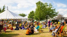 Hay festival and reading in the digital age banner image